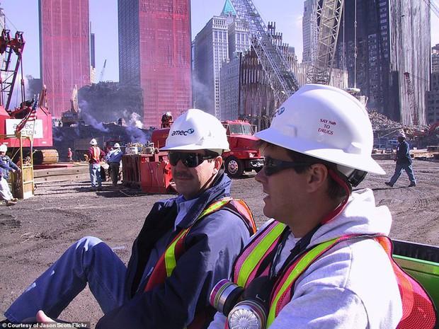 Cận cảnh quá trình xử lý hiện trường vụ khủng bố 11/9 - Ảnh 19.