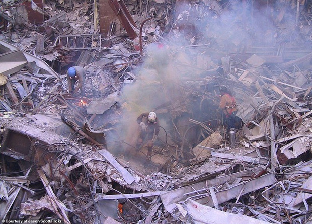 Cận cảnh quá trình xử lý hiện trường vụ khủng bố 11/9 - Ảnh 5.