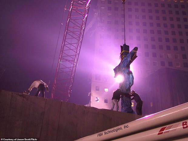 Cận cảnh quá trình xử lý hiện trường vụ khủng bố 11/9 - Ảnh 9.
