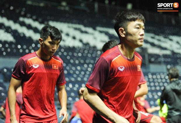 Xuân Trường, Công Phượng cởi bỏ áp lực xuất ngoại, hoà nhập nhanh cùng tuyển Việt Nam trước trận quyết đấu Thái Lan - Ảnh 4.