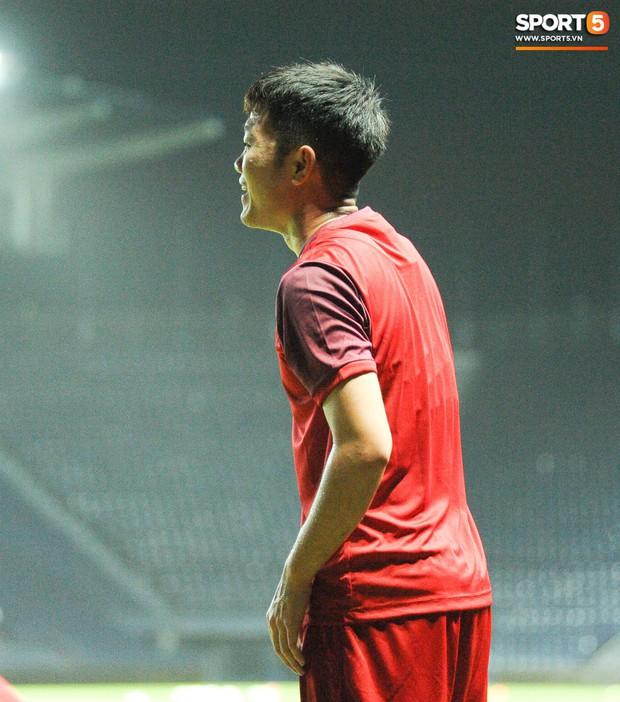 Xuân Trường, Công Phượng cởi bỏ áp lực xuất ngoại, hoà nhập nhanh cùng tuyển Việt Nam trước trận quyết đấu Thái Lan - Ảnh 2.