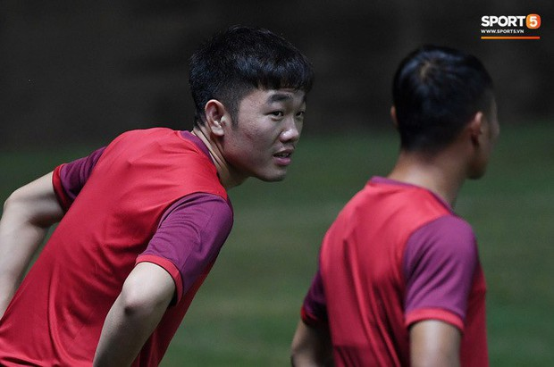 Xuân Trường, Công Phượng cởi bỏ áp lực xuất ngoại, hoà nhập nhanh cùng tuyển Việt Nam trước trận quyết đấu Thái Lan - Ảnh 3.