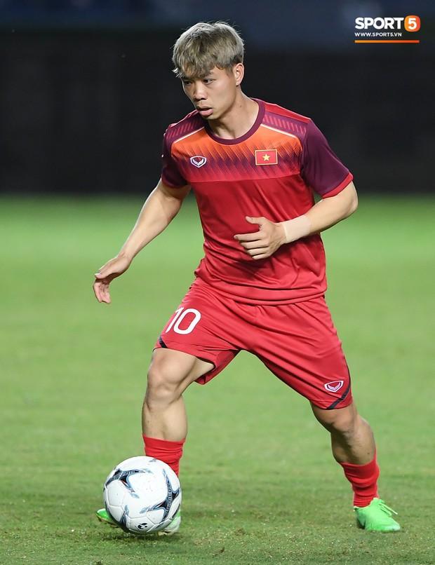 Xuân Trường, Công Phượng cởi bỏ áp lực xuất ngoại, hoà nhập nhanh cùng tuyển Việt Nam trước trận quyết đấu Thái Lan - Ảnh 8.