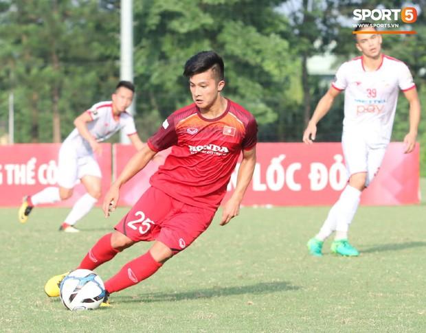 Những ẩn số ở U23 cần chứng minh bóng đá Việt Nam không chỉ có Quang Hải hay Văn Hậu - Ảnh 2.