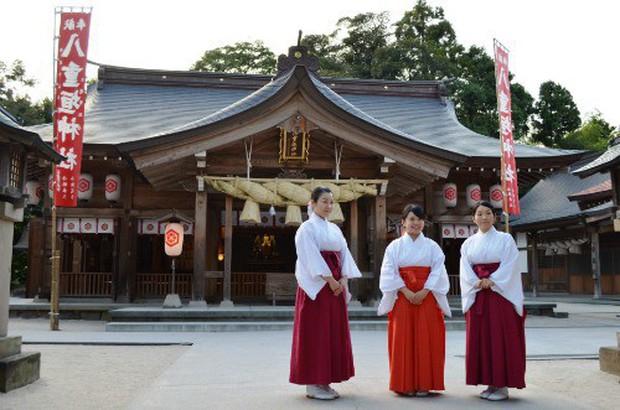 Từ nhặt tử thi đến xin lỗi hộ, đây là những nghề nghiệp kỳ quặc chỉ có ở Nhật Bản - Ảnh 1.