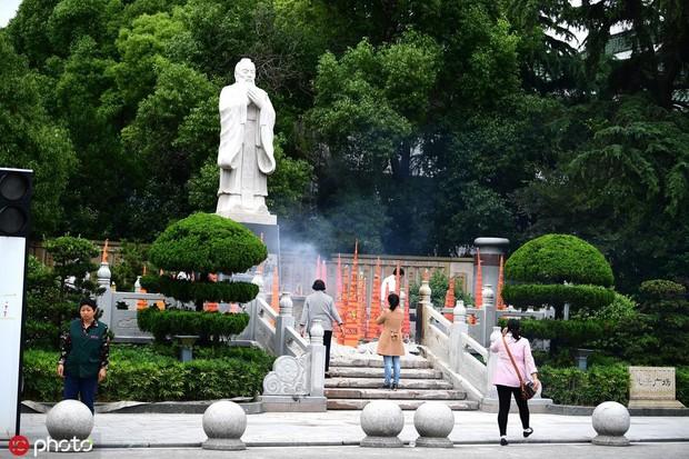 Muôn vẻ cầu may mùa thi đại học ở Trung Quốc  - Ảnh 3.