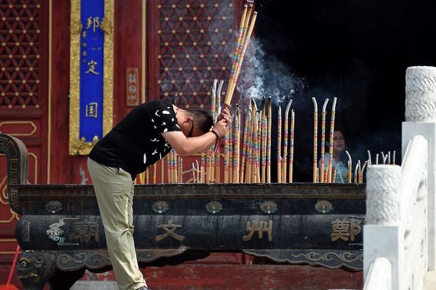 Muôn vẻ cầu may mùa thi đại học ở Trung Quốc  - Ảnh 6.