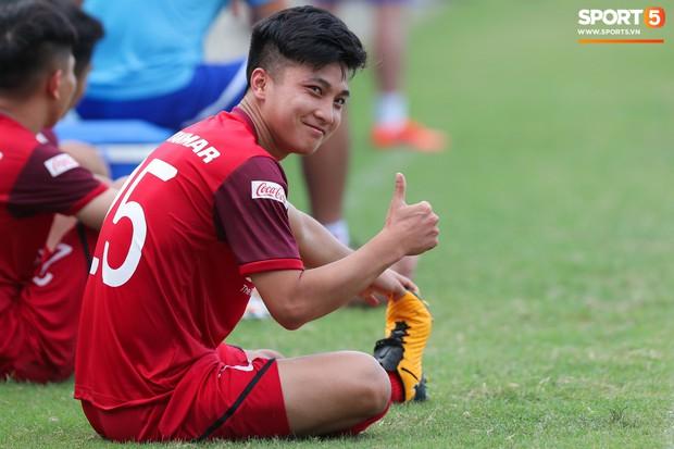 Danh sách U22 Việt Nam chuẩn bị đá giao hữu Trung Quốc: Trọng Đại, Dũng gôn có mặt, vắng trai đẹp Martin Lo - Ảnh 2.