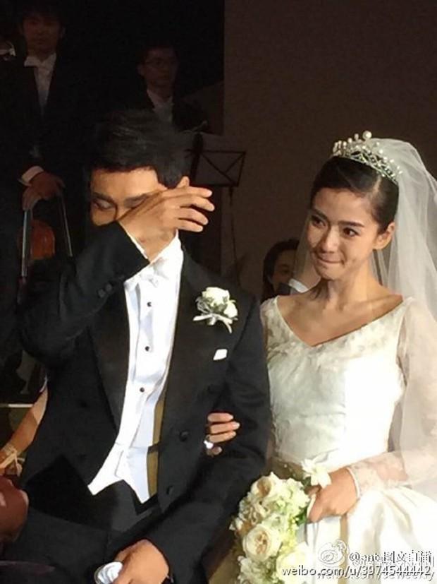 Angela Baby - Huỳnh Hiểu Minh: Cặp đôi chăm làm màu nhất Cbiz nhưng càng soi càng thấy sai sai? - Ảnh 5.