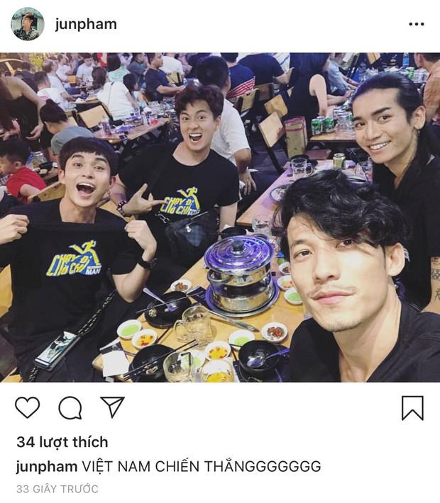 Sao Vbiz vỡ oà khi Văn Đức ghi bàn phút chót, tuyển Việt Nam hạ Thái Lan ngoạn mục vào chung kết Kings Cup - Ảnh 8.