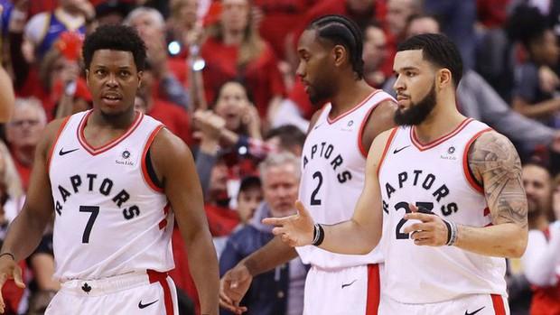 Lọt vào NBA Finals, Khủng long phương Bắc tạo nên cơn sốt tại quê nhà Canada - Ảnh 1.