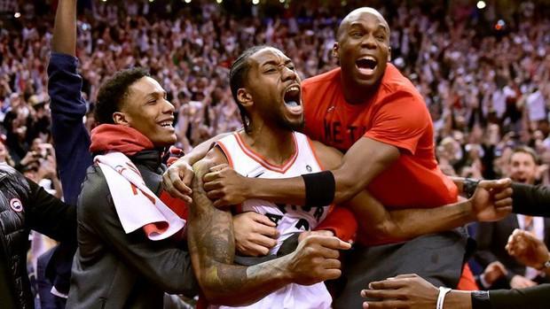 Lọt vào NBA Finals, Khủng long phương Bắc tạo nên cơn sốt tại quê nhà Canada - Ảnh 3.