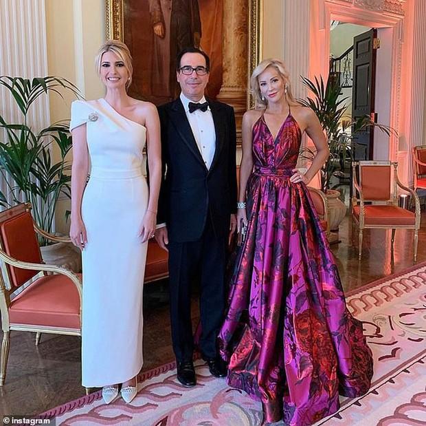Lấn át cả công nương Kate và xa xỉ không thua mẹ kế, ái nữ nhà Trump khiến dân tình hết lời khen ngợi trước gu thời trang tinh tế - Ảnh 7.