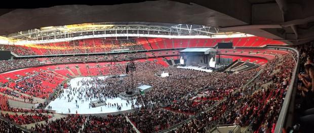 Đừng lo nghĩ về việc BTS hay Taylor Swift sold-out Wembley nữa, đây mới là chúa tể thực sự của thánh địa này! - Ảnh 8.