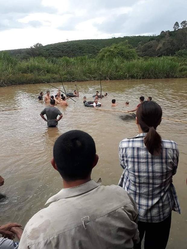 Lâm Đồng: Hai anh em trượt chân xuống hố sâu, đuối nước thương tâm khi tắm sông - Ảnh 1.