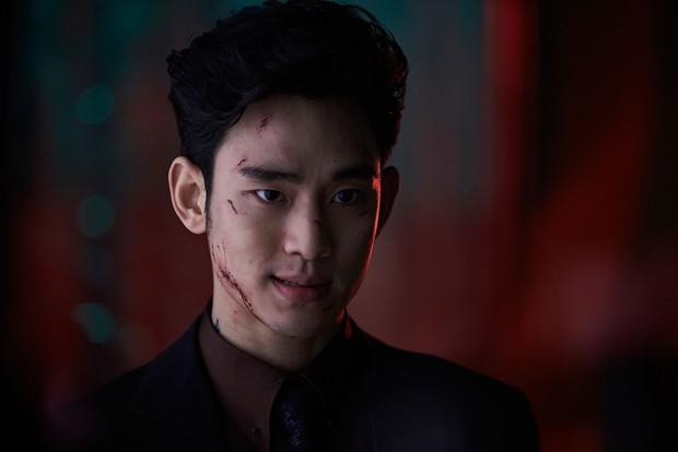 Biệt tích khỏi màn ảnh vì nhập ngũ, ví tiền của trai đẹp ngoài hành tinh Kim Soo Hyun vẫn siêu to khổng lồ nhờ điều này - Ảnh 1.