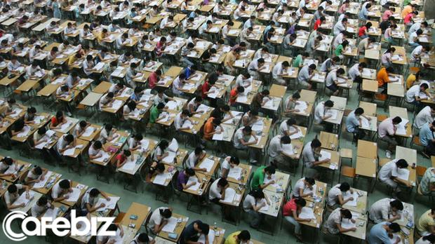 Học sinh Trung Quốc ôn thi Đại học từ lớp 1 để vừa lòng gia đình, còn ở Thụy Điển, từ khi lên 4 trẻ đã được quyền tự quyết việc học của mình - Ảnh 2.
