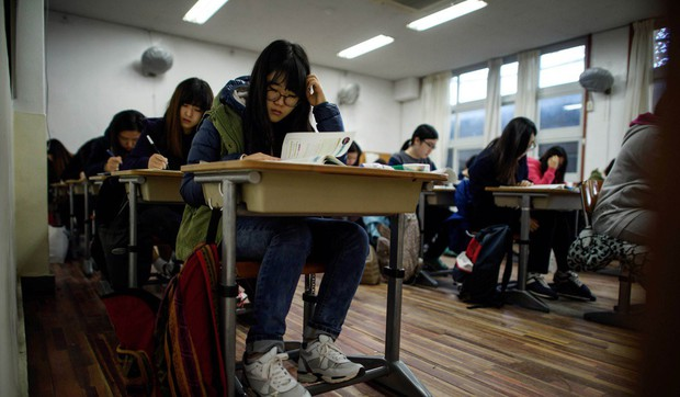 Những nơi có kỳ thi đại học khốc liệt bậc nhất Châu Á: Căng thẳng và khó nhằn khủng khiếp, số 4 có tỷ lệ tự tử hàng đầu vì quá áp lực - Ảnh 5.