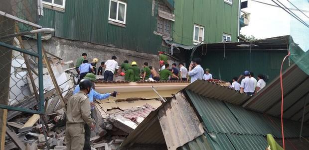 Hiện trường vụ sập nhà tại Hà Tĩnh vùi lấp người bên trong - Ảnh 5.