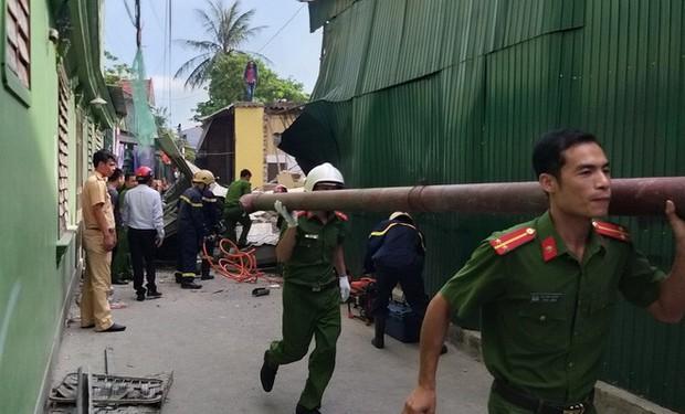 Hiện trường vụ sập nhà tại Hà Tĩnh vùi lấp người bên trong - Ảnh 6.