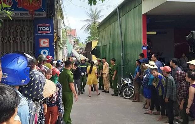 Hiện trường vụ sập nhà tại Hà Tĩnh vùi lấp người bên trong - Ảnh 10.