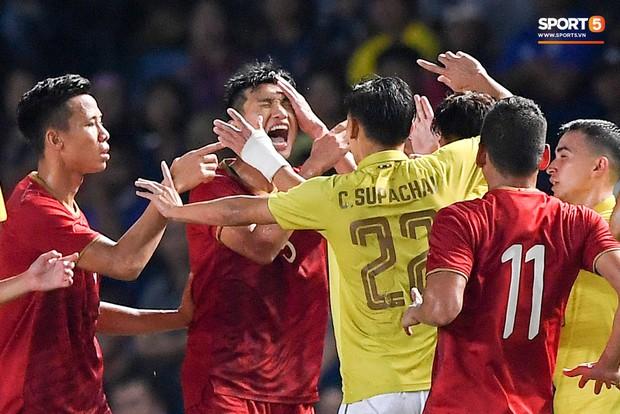 Nghi vấn hack cực mạnh đưa tuyển Việt Nam rơi vào AFF Cup thu nhỏ tại vòng loại World Cup - Ảnh 1.