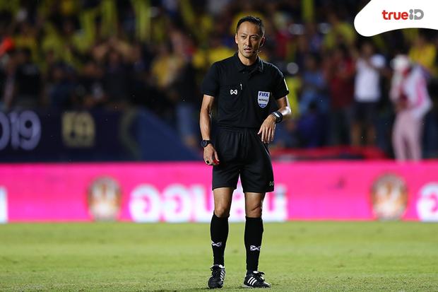 Sau thất bại đau đớn của đội nhà, báo Thái gây sốc khi tố Việt Nam chơi thô bạo, trọng tài không hoàn thành nhiệm vụ - Ảnh 2.