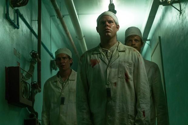 8 lí do thuyết phục khiến phim thảm hoạ hạt nhân Chernobyl đang hot hơn bao giờ hết - Ảnh 10.