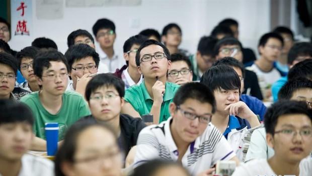 12 câu hỏi cho thấy độ khó điên đảo của đề thi Gaokao mà 10 triệu sĩ tử Trung Quốc phải trải qua hôm nay - Ảnh 3.