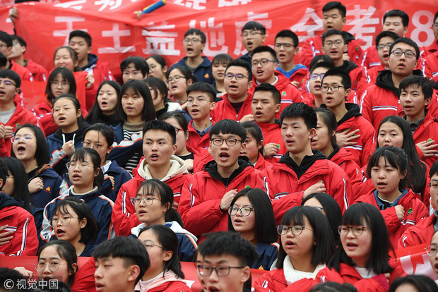 12 câu hỏi cho thấy độ khó điên đảo của đề thi Gaokao mà 10 triệu sĩ tử Trung Quốc phải trải qua hôm nay - Ảnh 1.