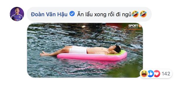 Cháu Hậu vê lốc: Dù vừa thắng Thái Lan nhưng chưa bao giờ cháu ăn nồi lẩu nào bé như này - Ảnh 4.