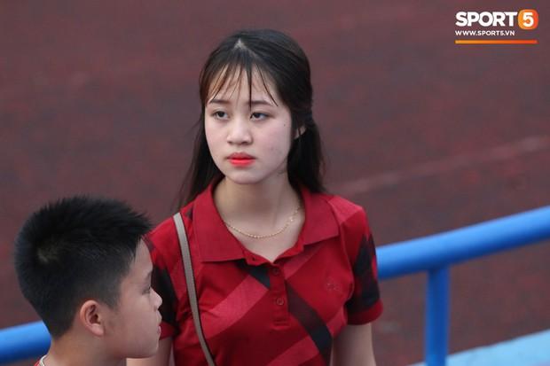 Fangirl Phú Thọ: Bùi Tiến Dũng là chân lý, Quang Hải và Đức Chinh có hay không chẳng quan trọng - Ảnh 4.