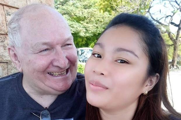 Chênh nhau 48 tuổi, cặp đôi ông cháu kết hôn bất chấp dư luận - Ảnh 1.