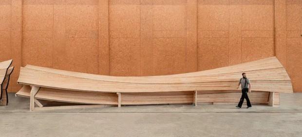 Độc đáo tòa tháp hình xoắn ốc được làm từ gỗ đầu tiên trên thế giới, không cong vênh, bền chắc không kém bê tông - Ảnh 2.