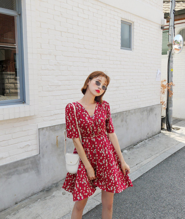 Váy hoa: item phủ sóng dày đặc mỗi mùa hè và 3 kiểu xinh đến nỗi bạn muốn rinh về hết cho tủ đồ - Ảnh 3.