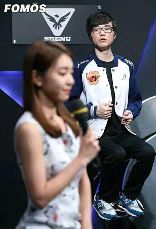 Sau khi Crush tin đồn Cho Eun Jung công khai hẹn hò nam tài tử So Ji Sub, Quỷ vương Faker tuyên bố sẽ trở lại mạnh mẽ hơn! - Ảnh 5.