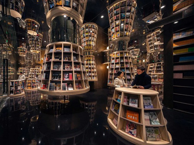 Cách bài trí gây ảo giác của nhà sách Trung Quốc khiến du khách lú lẫn như lạc vào mê cung - Ảnh 8.