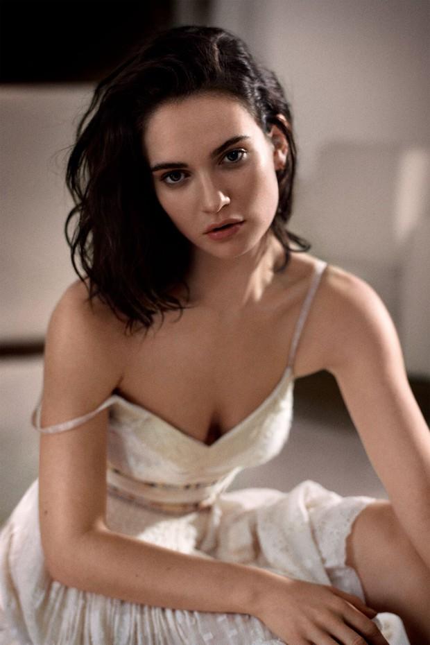 Nhan sắc 4 nàng công chúa Disney trong phim và đời thực: Emma Watson gây thất vọng giữa dàn ngọc quý đẹp lạ - Ảnh 6.