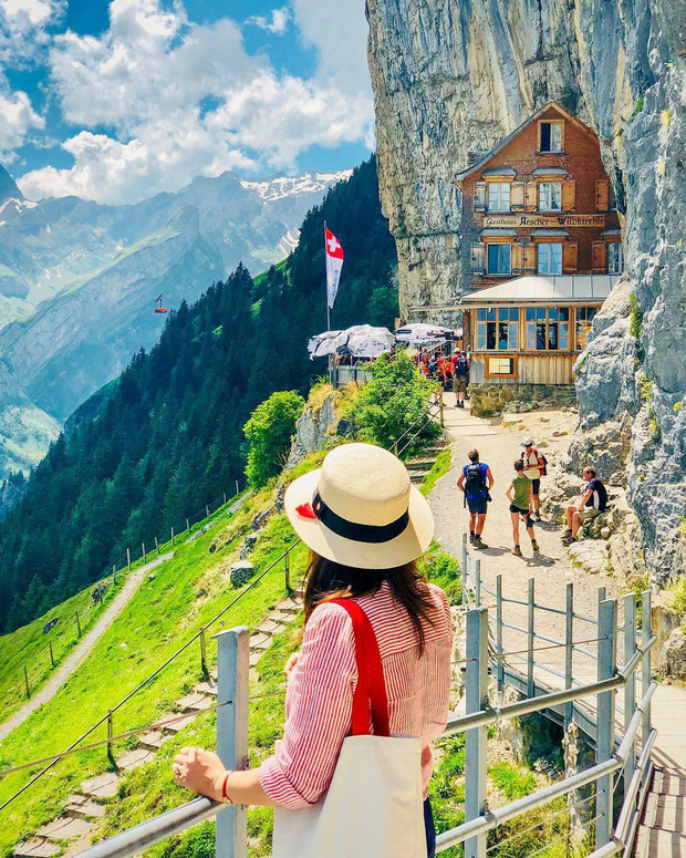Du lịch qua màn ảnh nhỏ với loạt resort và khách sạn đỉnh nhất thế giới: Trên đời này hoá ra có nhiều nơi kì diệu đến vậy!  - Ảnh 7.