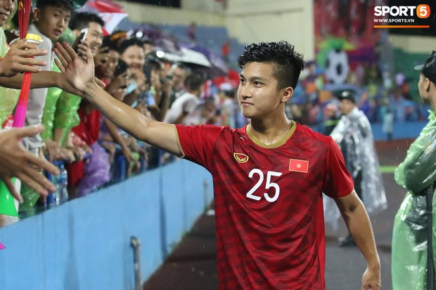 Sao trẻ Việt kiều Martin Lo chia sẻ đầy tự hào sau lần đầu khoác áo U23 Việt Nam: 100% dòng máu Việt - Ảnh 1.