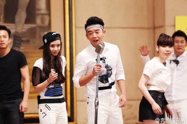 Cứ ngỡ Friday Couple trở lại Running Man Trung Quốc, không ngờ Trịnh Khải lại chơi ác với Angela Baby - Ảnh 6.