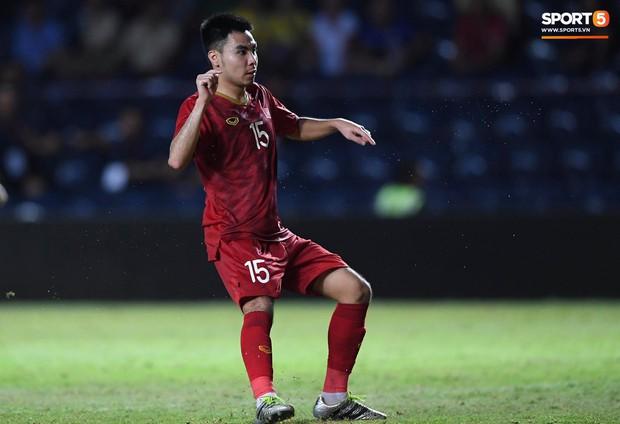 Bộ ba của Hà Nội FC phối hợp cực đẹp, Đức Huy ghi bàn đầy cảm xúc cho ĐT Việt Nam - Ảnh 3.
