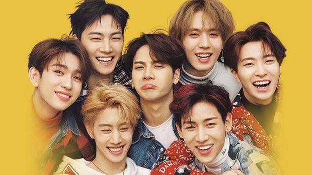 """Những boygroup tân binh đỉnh nhất của thập kỉ: BTS từ nhóm nhạc vô danh nay được vinh danh, """"tân binh khủng long"""" của YG mất tích - Ảnh 16."""