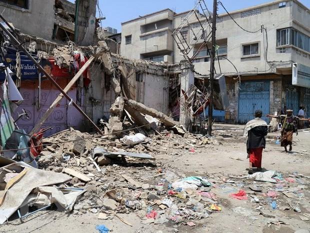 Xả súng vào đám đông cầu nguyện tại Yemen, 5 người thiệt mạng - Ảnh 1.