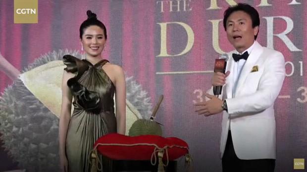 Sốc: 1 quả sầu riêng đã đem về hơn 1,1 tỷ đồng sau phiên đấu giá ở Thái Lan - Ảnh 2.