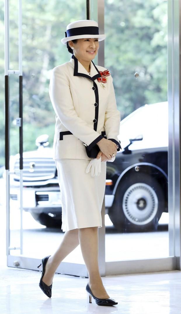 Hoàng hậu Masako: Từ vương phi u sầu, bị coi là gánh nặng cho chồng con, trở thành một mẫu nghi thiên hạ được phụ nữ Nhật tôn sùng - Ảnh 1.