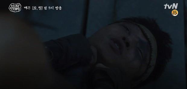 Song Joong Ki liều mình chui vào hang cọp cứu crush trong tập 3 Niên Sử Kí Arthdal - Ảnh 7.