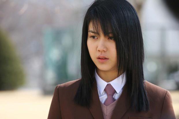Kim Ok Bin: Từ nữ hoàng cảnh nóng đến tiểu tam tin đồn gây rạn nứt tổ ấm Song Hye Kyo - Ảnh 2.