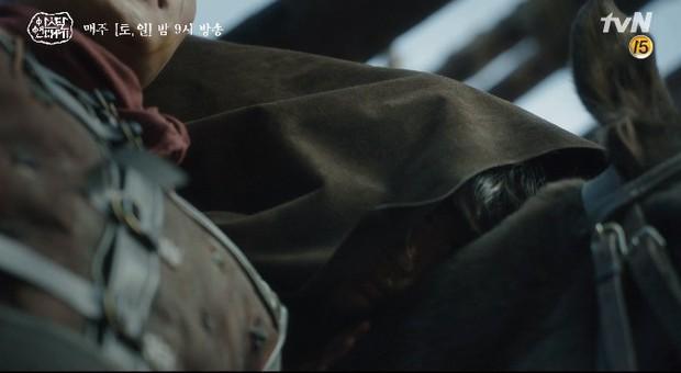 Song Joong Ki liều mình chui vào hang cọp cứu crush trong tập 3 Niên Sử Kí Arthdal - Ảnh 9.