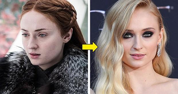 Hết hồn với cát-xê khủng của dàn diễn viên Game of Thrones: Mẹ Rồng, Jon Snow cũng phải chào thua nhân vật này! - Ảnh 2.